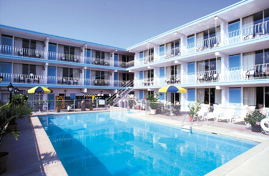 Motels in wildwood nj quebec motel by the sea for Boutique hotel jersey